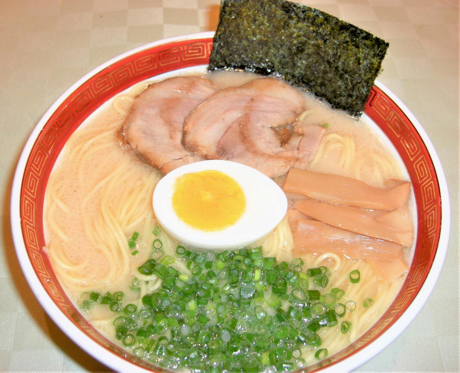 麺厨 とんこつラーメン